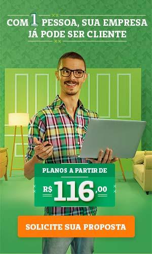 Imagem com profissional liberal de design com a informação que planos empresariais pode ser contratado partir de 1 pessoa
