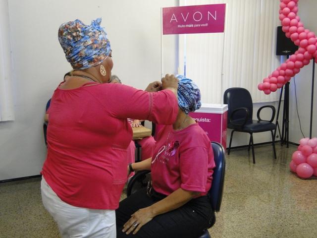 HRU torna-se rosa em tarde de outubro para alertar sobre Câncer de Mama
