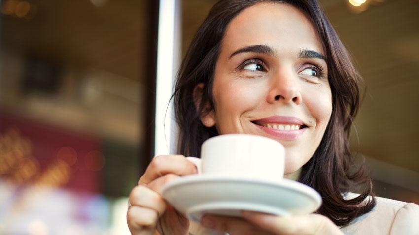 Consumir cafeína em excesso prejudica sua saúde