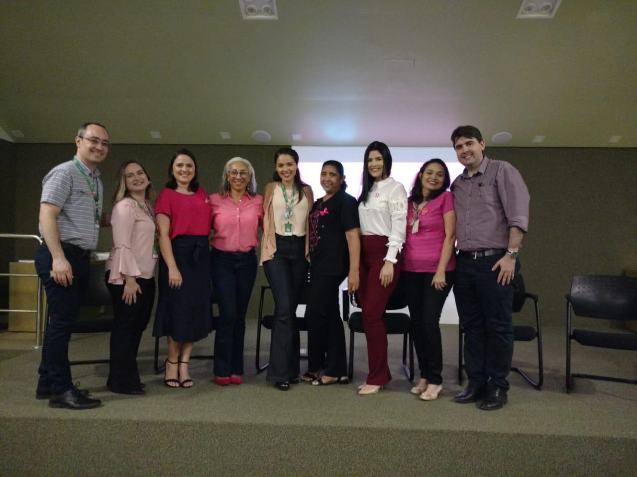 Palestrantes e responsáveis pela Roda de Conversa sobre Outubro Rosa da Medicina Preventiva