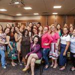 Participantes da palestra de sexualidade feminina no evento especial do Dia da Mulher