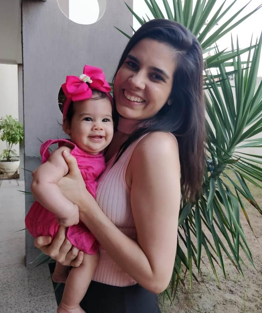 """""""É cuidado, vida e milagre"""", o aleitamento materno por Marcela Cavalcante"""