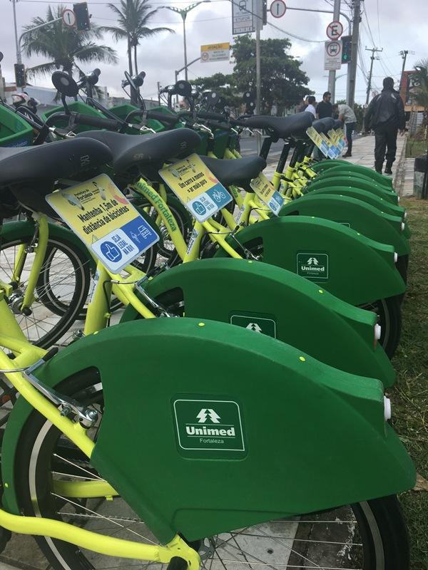 Estação de bicicletas verdes do Bicicletar