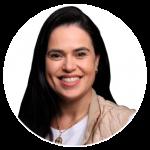 Foto da médica infectologista da Unimed Fortaleza, Dra. Lícia Borges