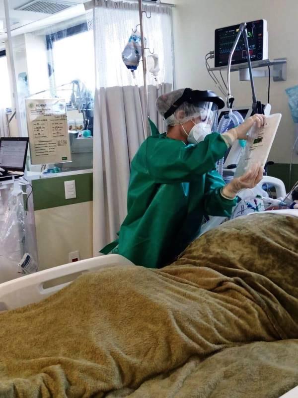 Visita virtual diminui a distância e saudade entre pacientes e familiares