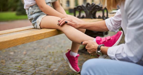 Dor de crescimento em crianças existe? Pediatra revela se pais devem se preocupar